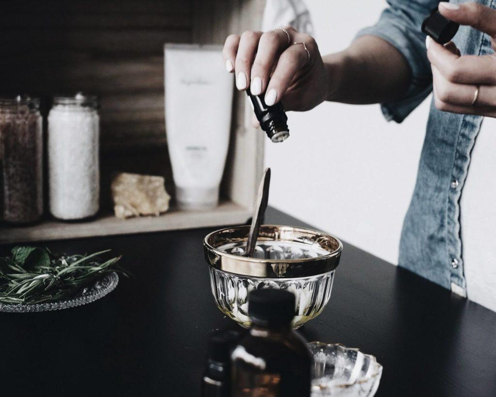 DIY Coconut Oil and Coffee Body Scrub recipe