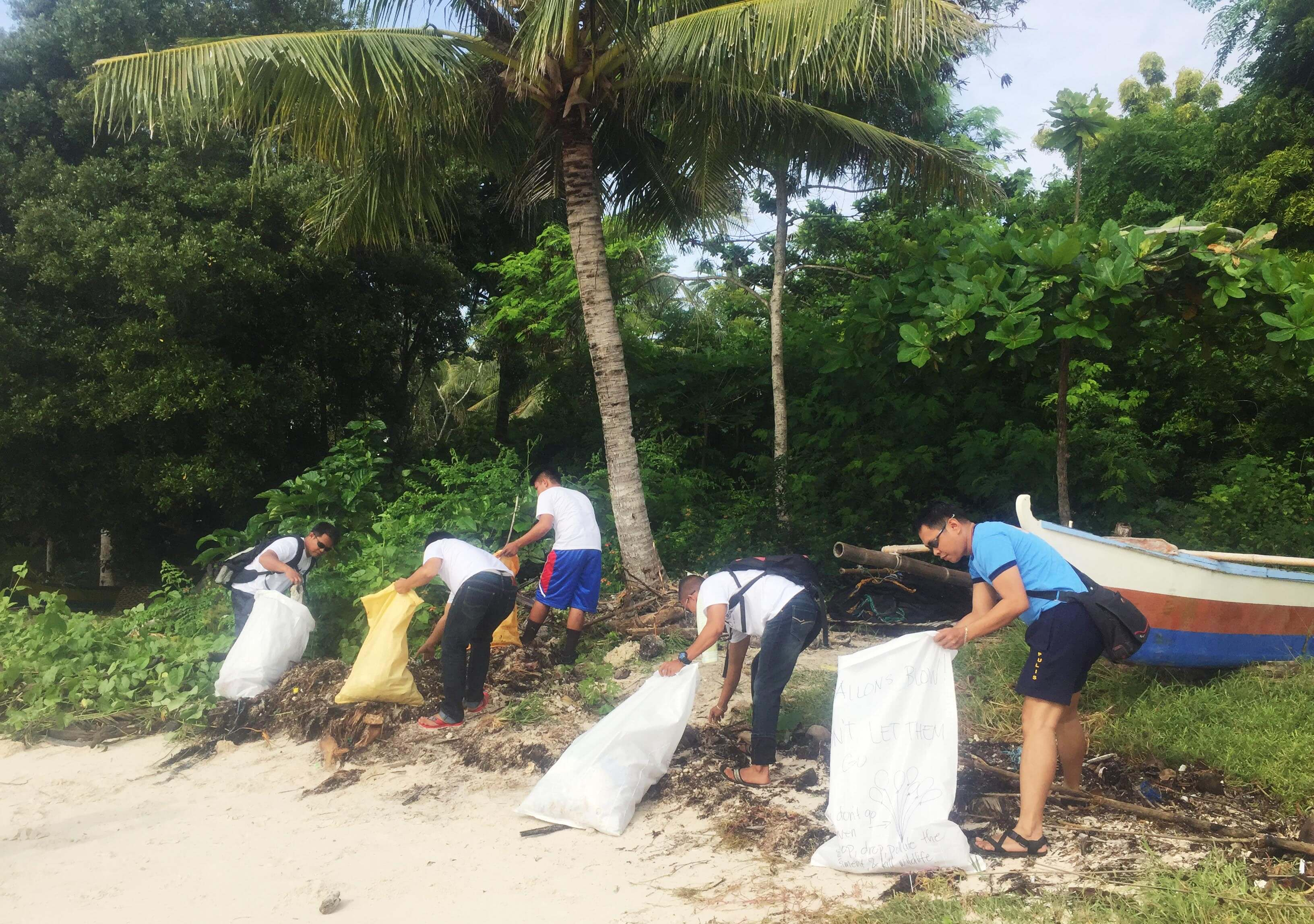 Volunteers from Plastic Free Bohol together with Kapuluan are teaming up to clean up Bohol beach