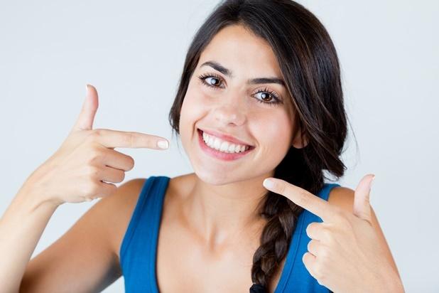 Clean teeth, coconut pulling method